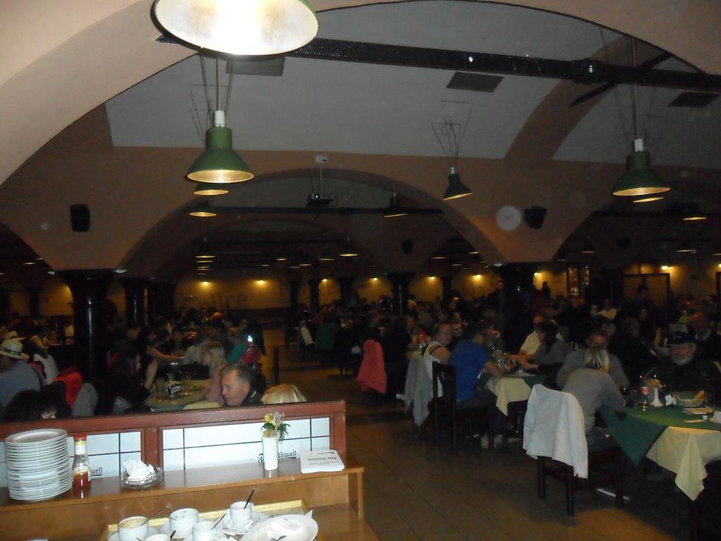 Jedna z sal Restaurace na Spilce